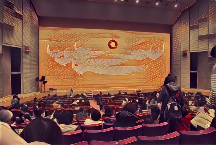 会場(市川市文化会館)のホール内。この辺りの席からの鑑賞です。